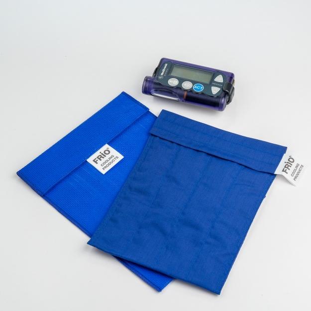 Чехол для хранения инсулина FRIO Large Wallet Blue (размер 140*180 мм)